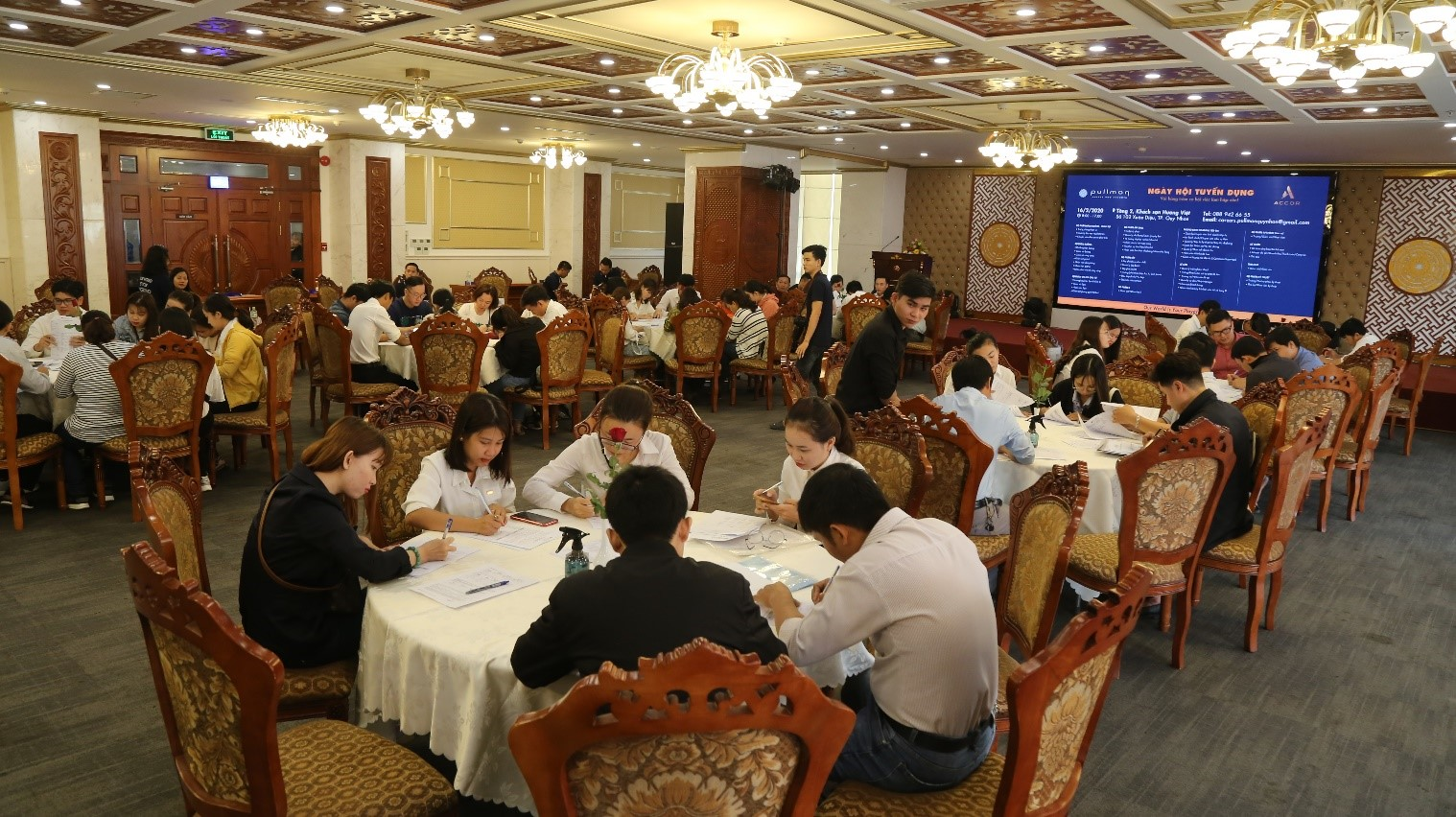 Pullman Quy Nhon hotel officially recruited hundred of employees for the first time.
