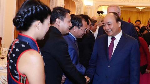 越南企业参加澳大利亚总理的招待会