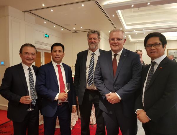 Ông Nguyễn Bá Luận chủ tịch TMS Group doanh nhân tiêu biểu tiếp đón thủ tướng Úc