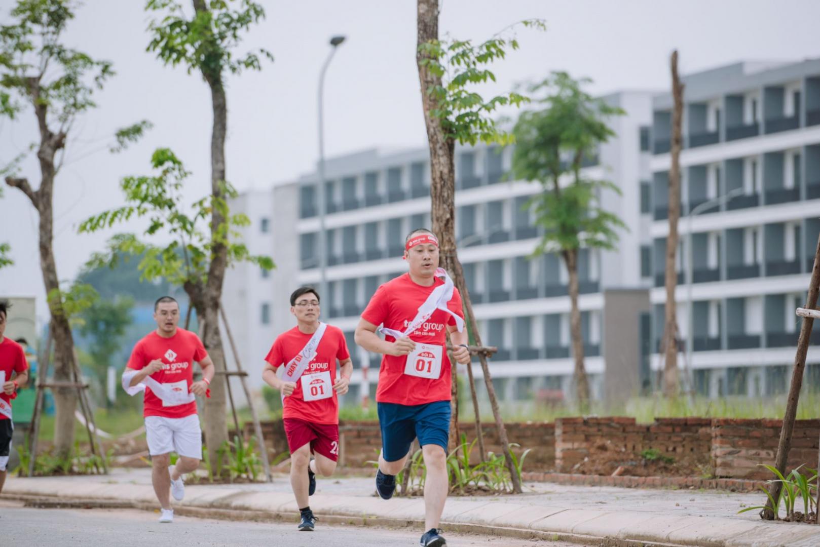Các vận động viên thi đấu với tinh thần hào hứng và hăng say